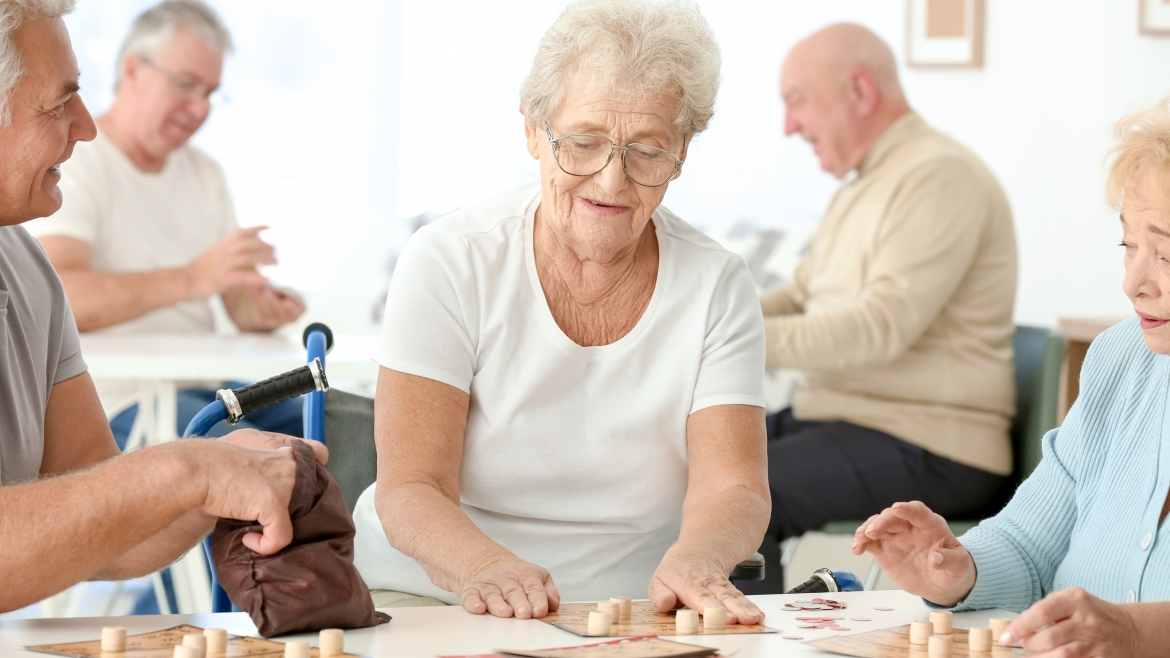 Ways for Seniors to Stay Socially Active