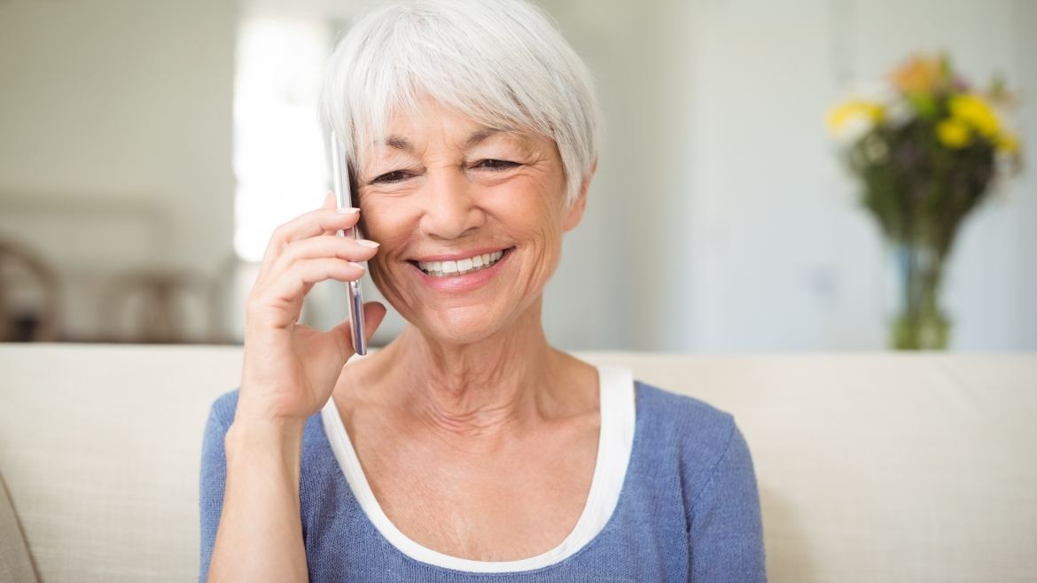 Keeping Seniors Connected to Family During the Coronavirus