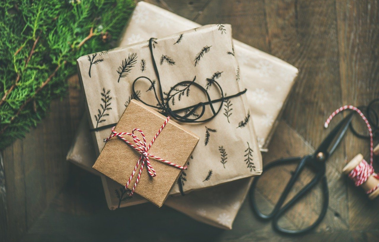 Gifts ideas for loved ones with Alzheimer's